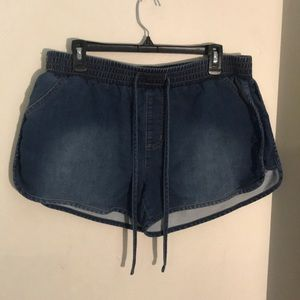 Mossimo Jean Stretch waist shorts